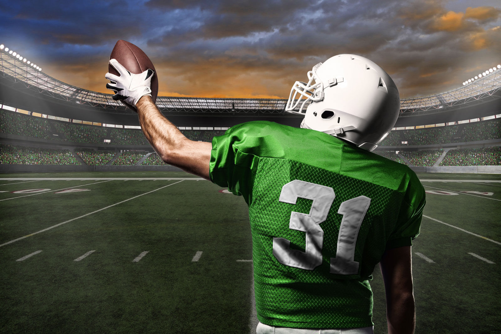 Calling all football fans. The Saskatchewan Roughriders 2019 season opener is around the corner. Catch all the Rider action when staying at hotels in Regina near Mosaic Stadium.