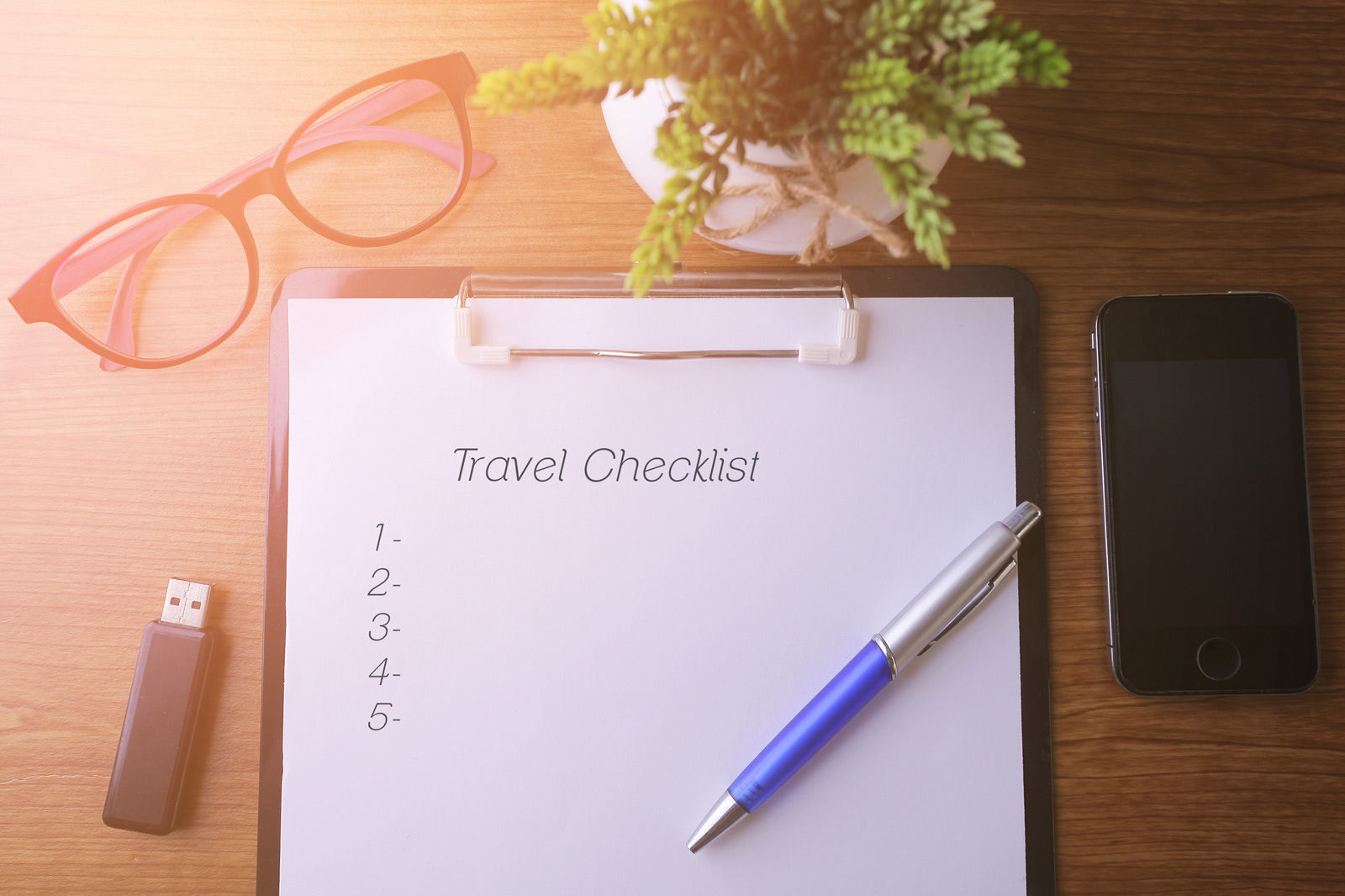 Make a checklist of what to pack before checking into your business hotel in Regina.