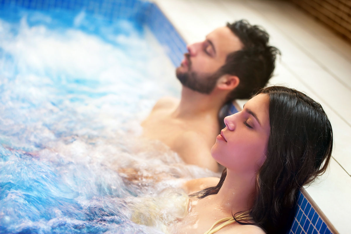 While a workout can help improve your cardiovascular health while travelling, so can a soak in a Jacuzzi at your hotel in Regina.